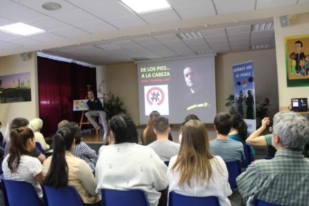 Conferencias De los Pies a la Cabeza